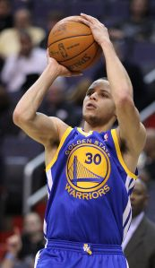 Curry and the Warriors opened the NBA season 3-0